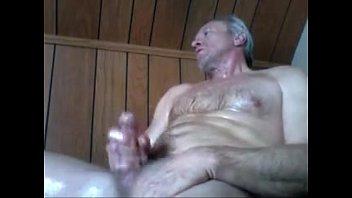 Coroa na punheta / Daddy masturbation