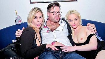 REIFE SWINGER - Mature German ladies share cock in raunchy hard FMM threesome