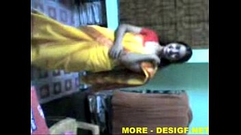 Indian Lucknow Girl stripping saree after party 4分钟
