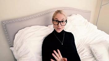 Horny Stepson Request Hot Blonde Stepmom Sarah Vandella For Sex 8 Min