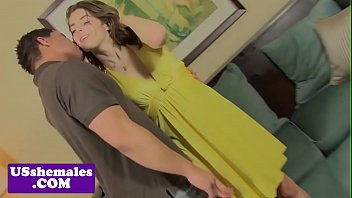 Amateur trap anally pounded doggystyle by guy