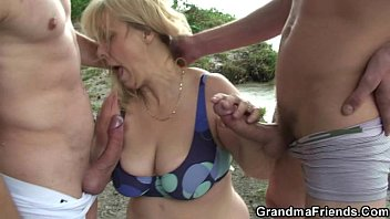 Oldies mature headquarter Oldie in hot threesome outdoor