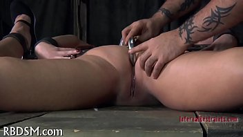 Free feet pussy - Painful feet worshipping