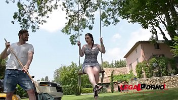 Super horny Harmony Reigns rides huge dick on a swing in the outdoors GP149