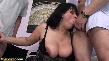 bbw moms first double penetration 12 min