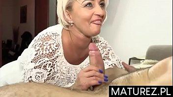 Mature pany job - Polskie mamuśki - usta dojrzałej cioci małgorzaty są lepsze niż masturbacja :