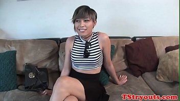 Asian trans babe sprays jizz at casting