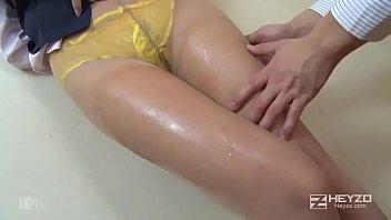 無修正、すみれ。美女のパンスト美脚を撫でまわしたり挟まれたりしたい!