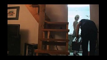 Nimfo sex crazed blonde fucks the repair man /100dates