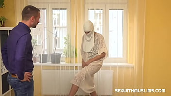Muslim maid in white gets hardcore penetration