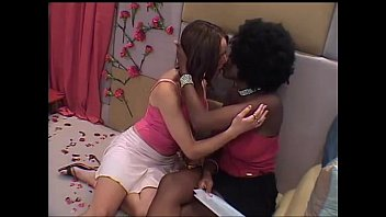Kissing lesbian celeb Big-brother-uk-girls-kissing
