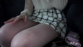 美熟女優の希咲あやさんが一本道の人気シリーズ「はだかの履歴書」で今まで晒したことのない素の顔を魅せてくれます。 1