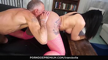 Premium shemale websites Trans bella - tattooed trans vixen ass banged hard