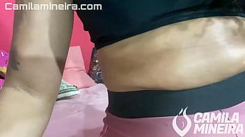 Mineira Safada Experimentando Shorts socados na Bunda e falando Putaria - Clothing Haul - SHORTS