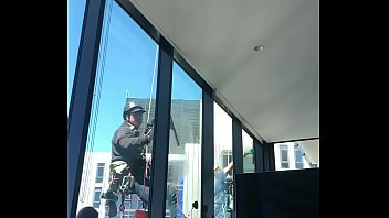 Gay flash sex games Flashing and cumming to window cleaners
