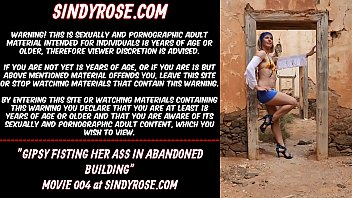 Gipsy fisting her ass in abandoned building