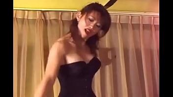 Japanese femdom hard whipping. 25分钟