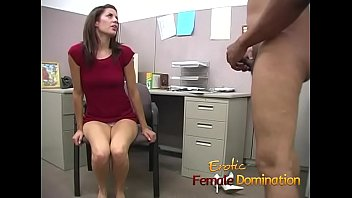 Streaming Video Tight ass brunette gives a pervert a really tough time - XLXX.video