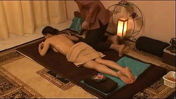 สาวไทยเข้าสปาน้ำเงี่ยนไหล