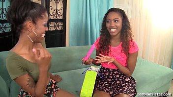 Sexy Black Girls Lez Out Hardcore! 6 min
