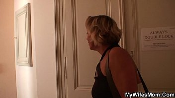Old mother-inlaw spreads legs for him - VideoMakeLove.Com