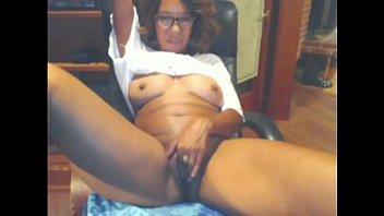 Sexy Mature Ebony Webcam 9 min