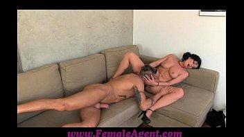 FemaleAgent Nymph stripper delights MILF Vorschaubild