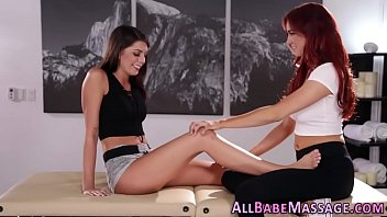 Lesbian hotties licking pussy