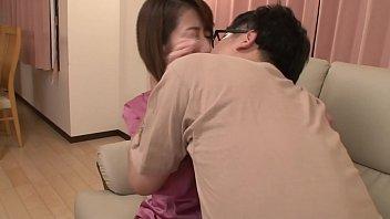 《岡村麻友子》◆熟女/人妻◆フェロモン溢れる大人のカラダに発情おさえきれないボク♥