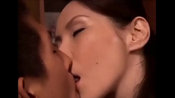 Kiss with the tongue of m.-in-law Yamaguchi Yuri