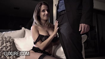 Cara SaintGermain webcam sex for husband with stranger