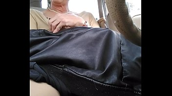 Tranny cums playing in car...