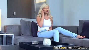 Brazzers - Baby Got Boobs - Kylie Page and Keiran Lee - Bad Babysitter porno izle