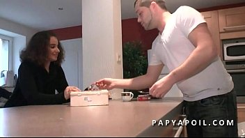 Grandpa bangs a young beurette offered by his friend who sodomizes her 6 min