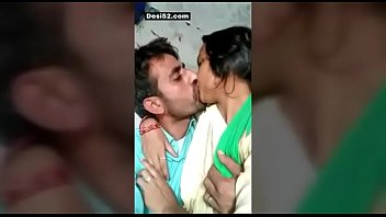 Indian desi maid outdoor kissing