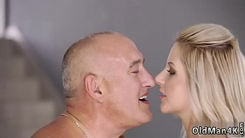 """Randy spears daddy Finally at home, ultimately alone! <span class=""""duration"""">7 min</span>"""
