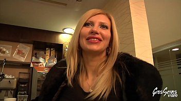 Cristal, italian bride wants to fuck with a french guy 15 min
