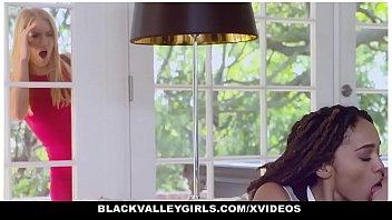 BlackValleyGirls - Horny Private School Girls (Julie Kay) (Kelsey Kage) Have Threesome