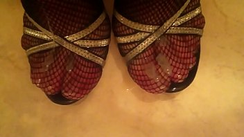 Cum on sexy High Heels Fishnet Stockings