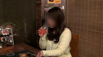 【個撮】【37歳 Gカップ 元保育士の巨乳妻 に中出し】女の性欲を飛躍的に増大させる酒を出す相席系居酒屋 Sex依存禁断症状並【個人・隠し撮り】