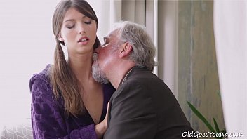 Young Kira was feeling pretty horny and even though this dude was old she had to porno izle