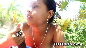 Dominican teen front lawn blowjob service in Dominican Republic - Toticos.com