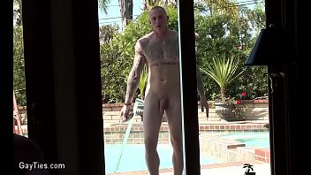 Nude muscle hunks gay - Boned-up window washer