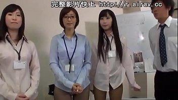 mobile porn video Lesbian dildo domination