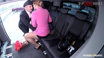 VIP SEX VAULT - Boss Lady Chrissy Fox Goes For A Hot Ride With Her Young Uber Driver thumbnail