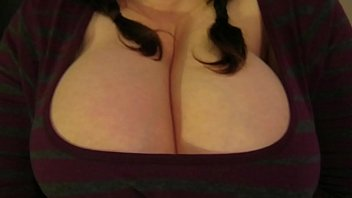 huge tits in clothes pics preview image