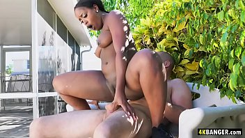 Big Ass Queen Nyna Stax Fucks and Blows Outdoors in Garden