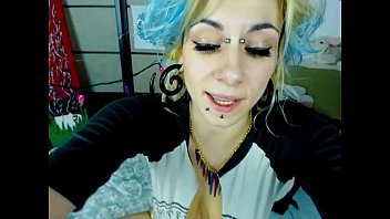 babe  playing on live webcam