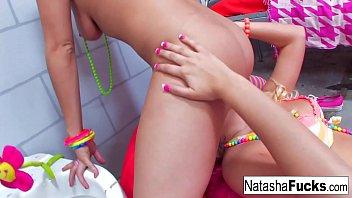 The Busty Natasha Nice fucks A Sexy Vanessa Cage !