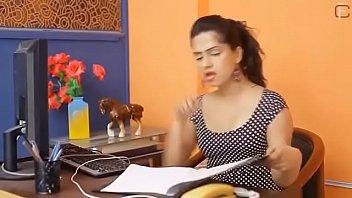 Hot Bhabhi Enjoy Sex With Boss